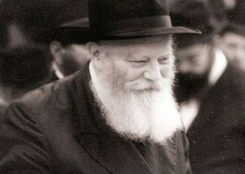 http://www.moshiach.ru/pic/Rebe-King-Moshiach-smile.jpg