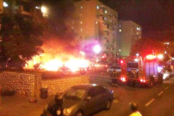 Ракета упала возле жилого дома в Ашдоде (фото: Шай Бен Ишай)